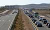 La protesta contra la ATC de Zarra causó retenciones en la autovía A-31 entre Almansa y Bonete