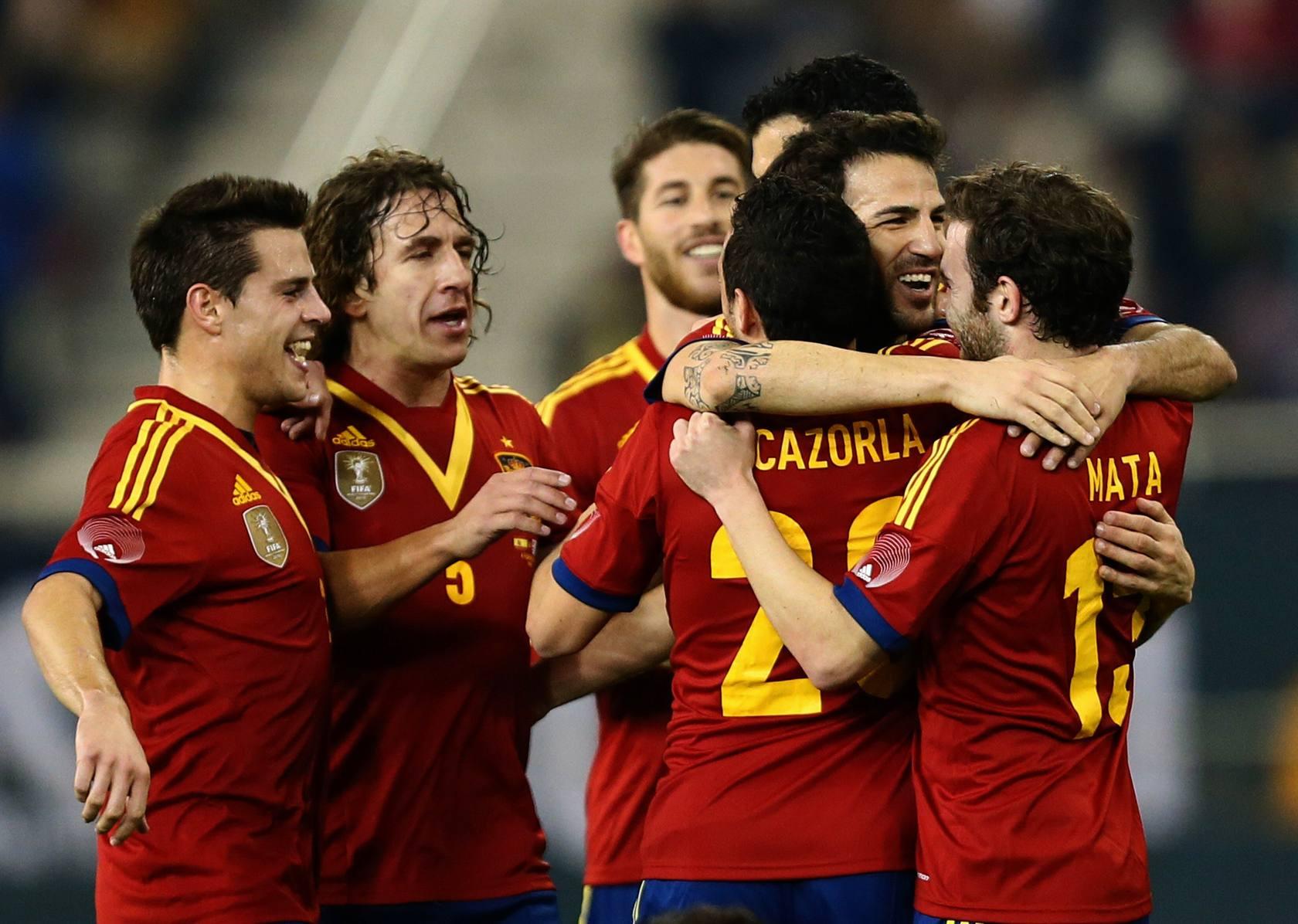 España vence a Uruguay en Doha