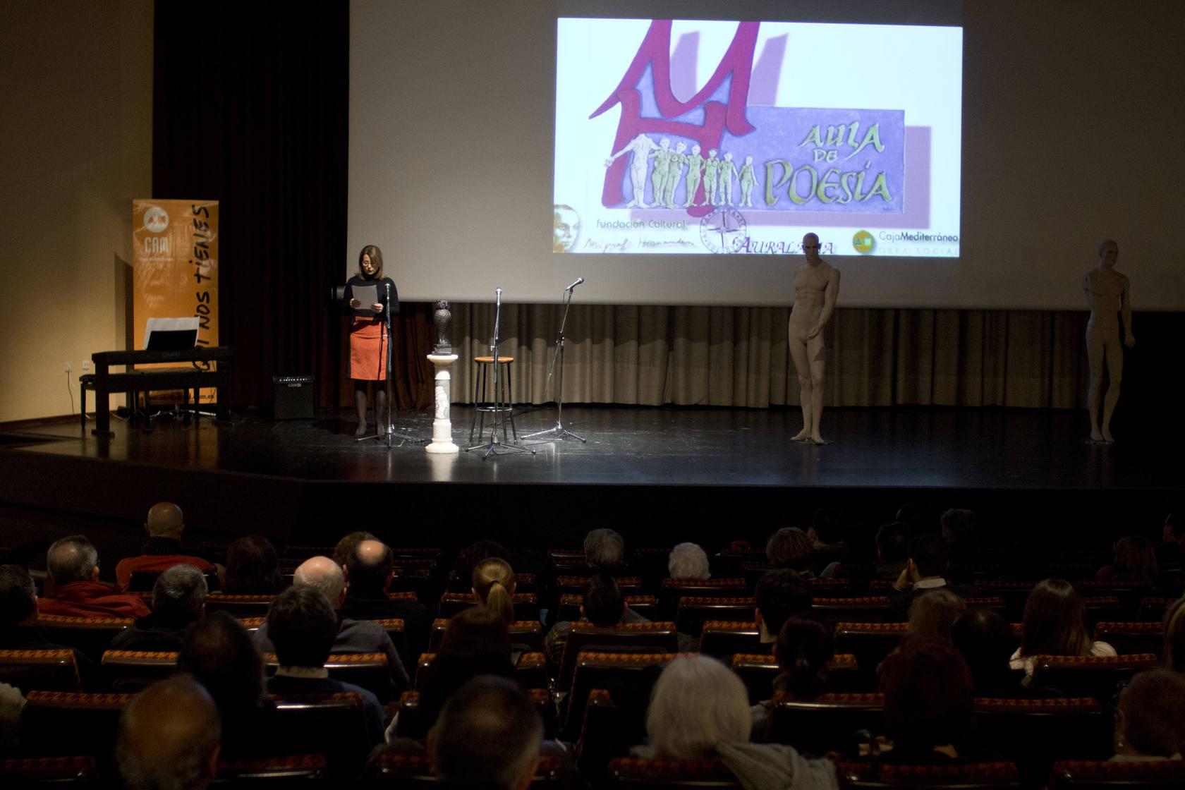 El poeta José Luis Zerón protagoniza la primera sesión del Aula de Poesía