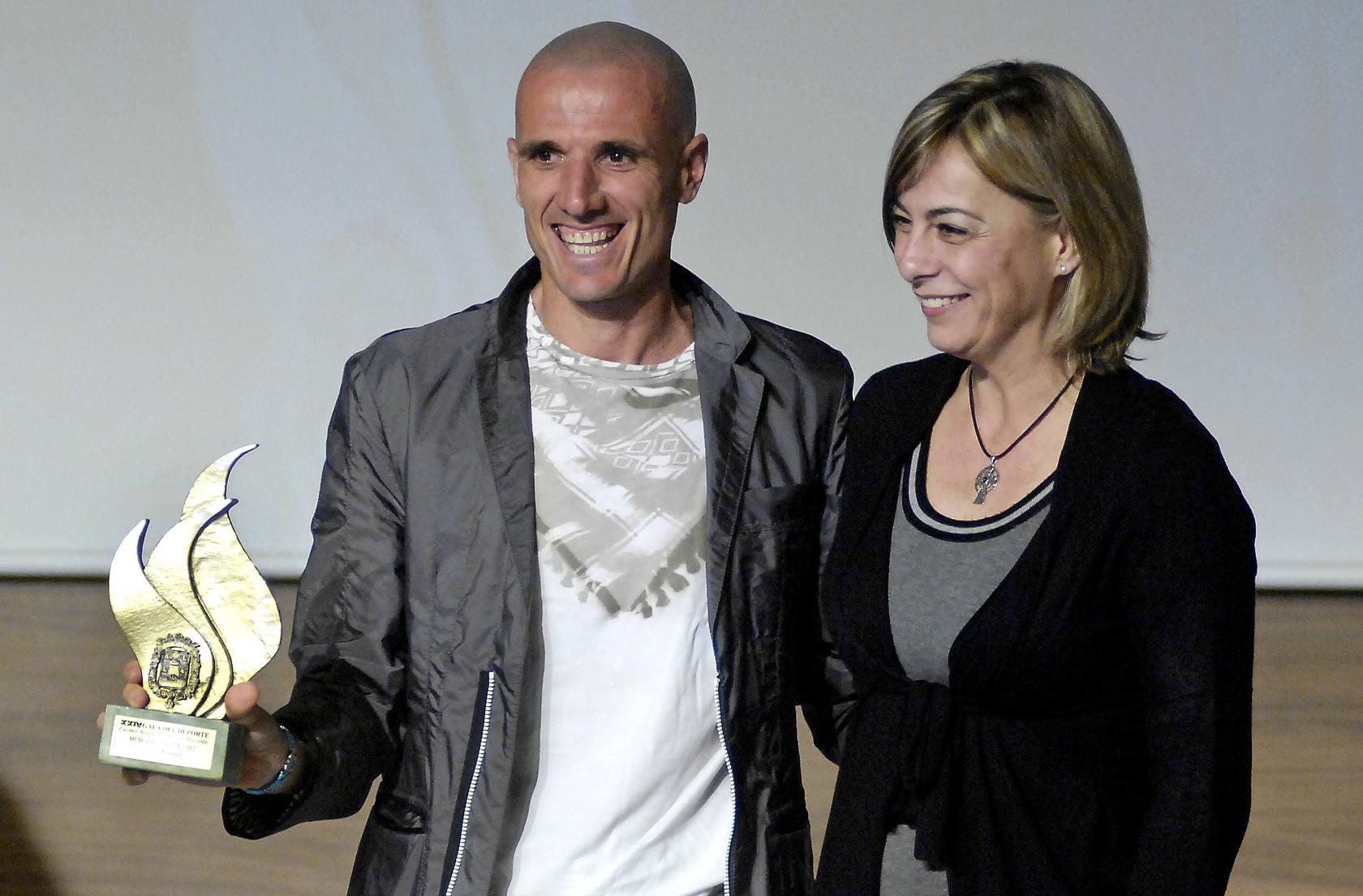 Vanesa Amorós y Raúl Martínez, premiados
