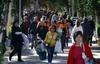 Miles de personas de la provincia de Alicante cumplen con la tradición de Todos los Santos